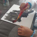 Peindre la toile en noire